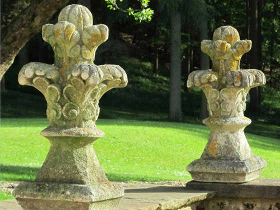 pair-carved-french-limestone-finials